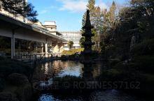 值得一去的日本三大温泉之一的下吕温泉。这次入住的是水明馆,温泉镇上最大的度假酒店,分三个楼,临川阁的