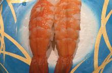 日本的寿司,果真更加鲜美,价格也不是很贵,吃了20盘,200元。尤其非常喜欢炸鱿鱼,酥香脆鲜尽在其中