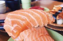 新鲜 地道 料足 乾淨 客似云来的龟本 绝对值得一试  鲑鱼卵 海胆 竹夾魚 广岛蒸蠔 炙烤鳗鱼 ⋯