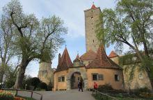 小小的罗滕堡,城里实在是游客太多了,还是去城堡花园逛逛吧 这里一切都大不同!没有拥挤、没有烦燥,这里