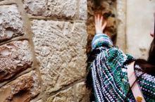 """""""世间若有十分美,九分在耶路撒冷,世间若有十分哀愁,九分在耶路撒冷"""" 走耶稣苦路... 体会现代与历"""