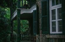 莫干山上的民国老别墅,一砖一瓦,一树一石都记录着历史和故事,想在山上住下来。