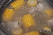 排骨玉米汤