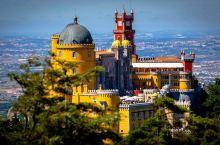 葡萄牙成人版迪斯尼乐园,山顶上的彩色城堡,每年吸引数百万游客。在葡萄牙有一座城堡被戏称为成人版迪斯尼