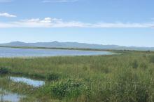 胡列也吐湖附近华得湖