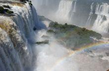 巴西伊瓜蘇市是巴西第二大旅游中心,这里有世界最大的水電站--伊泰普水電站和著名的伊瓜蘇大瀑布。