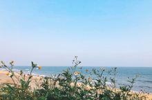 茂名虎头山海滩。海滩人少,海岸线长,除了设施不完善之外,还好还好。