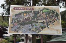 吉备津神社,山阳地区非常少有的官币中社,地位崇高,这里以数百米长的连廊而闻名,在长廊中漫步而过,有一