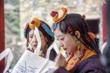 经过两天的奔驰,车队终于在10月12日上午抵达西藏昌都市江达县岗托大桥,这座长仅159米宽约7米的大