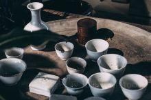 北京探店 | 胡同里一家收藏瓷器艺术品的网红店    土氣,地上的塵埃終歸成為泥土    不经意间路