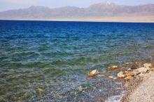 深邃透彻的赛里木湖和干涸枯竭的艾比湖都在博尔塔拉 银色的草原之上 一枯一荣尽显沧海桑田之变  博尔塔