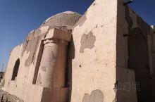 黑城遗址位于内蒙古额济纳旗达来呼布镇东南25公里处,是古丝绸之路上现存最完整、规模最宏大的一座古城遗