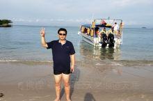 马六甲海峡准备下水。