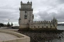 里斯本是葡萄牙首都,也是最大的城市,大西洋赋予了她美丽的身段,贝伦塔是其标志性景点