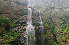 飞流直下三千尺的三叠泉,秀丽静谧的如琴湖,壮丽如画的锦绣谷。