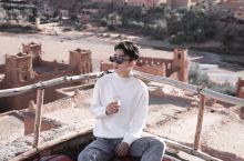 走了一圈摩洛哥,喜欢艾西拉,喜欢撒哈拉,还有就是喜欢哈杜村.对于哈杜村无法言语我对它的喜爱。 去撒哈