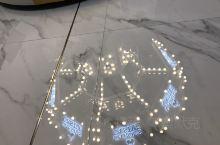 卡罗林亲子餐厅又好吃又好玩,就在新开的凤凰广场里面!孩子们玩得不肯回来呢!