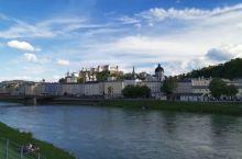【萨尔斯堡】 萨尔斯堡是奥地利继维也纳、格拉茨和林茨之后的第四大城市,是该国历史最悠久的城市。位于奥