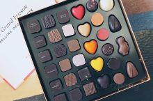 比利时巧克力也是一大招牌。满大街很多巧克力店,做工也都很精美。很多都适合买回来做伴手礼哦。  不过,