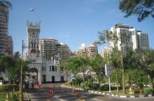 去突尼斯参加国际地理大会在开罗转机,独自在开罗游览几日,回程又和会议团队一起考察游览埃及多地,转瞬一