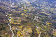 汉阴城山清水秀、物产丰饶,这里虽地处北方,但也是春麦秋稻、民风淳朴。因为地处雄秦秀楚丽蜀之间,这里的