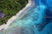 航拍塞舌尔|非洲顶级海岛,贝克汉姆也来这里度假  走过很多地方,觉得还是海岛好。阳光、海岸、免签、还