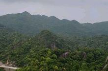 乌山,位于诏安,云霄,常山三县。革命根据地,海拔1117米,山脉横跨闽粤两省,千米山峰如通冲天,也是