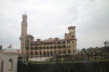 蒙塔扎宫 一早从开罗金字塔高尔夫希尔顿酒店出发前往位于地中海畔的亚历山大港,途经撒哈拉沙漠,欣赏到奇