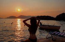 意大利的诗人海湾不仅仅只有五渔村,带你发掘小众浪漫的海边小镇  旅行坐标: 利古里亚特拉罗 | Li