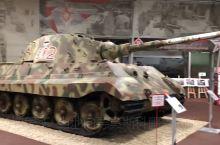 最大的坦克博物馆在世界上。今天,它的收藏包括超过350台装甲车从14个国家,其中大约60存在于一个标