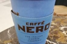 曼彻斯特的机场,caffee nero不收50磅面值的英镑。记得带零钱,或者用VISA卡。
