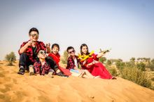 哈伊马角的丽斯卡尔顿酒店里面的沙漠,自由,奔放,开心,飞翔,