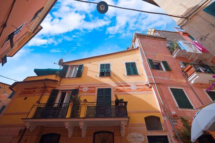 Monterosso Giant4