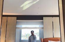 10万的酒店房间,解密中东土豪生活卫生间比家大系列 在日内瓦洲际酒店坐落于使馆区的中心,是一幢庄严堂