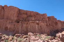 阿塔卡玛沙漠中的经典景区之一,彩虹谷 (Valle del Arcoiris),这里是一处不为太多人