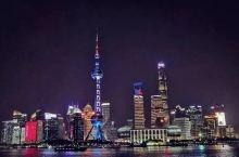东方明珠是上海必打卡景点之一,而且节假日的时候人非常多,购票这些还要排起长长的队伍,对于还没去过的朋