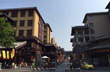 """曹魏古城 以护城河为界,分为核心区和协调区两大区域,总体形成""""一轴一环六区""""的功能分区。 一轴""""即以"""