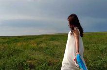 草原上的小姐姐,好美……美哭了……