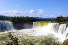风光无限镜泊湖。镜泊湖是中国最大的高山堰塞湖,世界地质公园。靺鞨人称其为忽汗海,辽人称扑鷰水, 金人