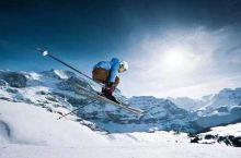 #快艇+滑雪+奶酪火锅,这才是冬季在瑞士的正确打开方式#  一个极富风情的恬静村子,富有情趣的街道建