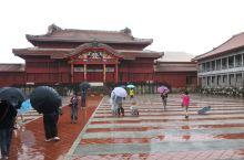 冲绳首里城,世界文化遗产首里城依山而筑,朱红色宫殿气势恢宏。看到首里城发生大火,许多建筑已经被烧毁,