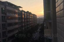 早安梅州,初升的太阳让人心旷神怡。