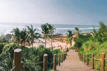 推荐酒店:棋子湾开元度假酒店,另外两家没住过好不好没有发言权。 超级喜欢酒店下方的沙滩礁石林立,且海