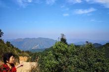 梅州市丰顺县这个释迦山,昨天第一次过来就喜欢上这里的风景,非常的壮观和优美,天然的环境氧吧,自然的泉