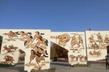 通辽·内蒙古  去内蒙古是我一直向往的地方,当时去的时间已近晚秋,去了双合公园,哪里的三角枫叶和五角