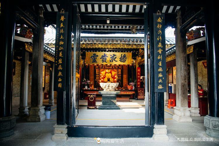 Renwei Temple3
