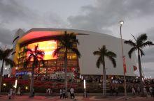 球迷的圣地 作为一个詹姆斯的粉丝 热火的粉丝 nNBA的粉丝 肯定得来这 有幸去过两次迈阿密 第一次