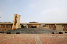 磁州窑博物馆~地处河北磁县,属于县级博物馆,现有藏品14000余件,其中一级文物38件,二级文物42