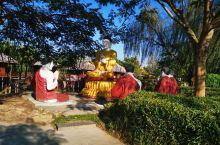 芒市·德宏  瑞丽一寨两国风景如画,人文气息浓厚,异或风情,体现中缅两国胞波情谊。气候宜人,空气清新
