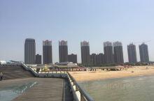 辛庄镇冬无严寒,夏无酷暑,气候温和,湿度适中,令人感觉清新、明快、心旷神怡。辛庄海滩具有坡缓、沙细、